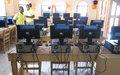 La Chef de la MINUSTAH inaugure un laboratoire informatique à l'université de Jacmel